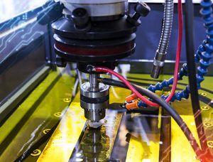 NEXTTEC | Diferencias entre el mecanizado por Electroerosión y el láser